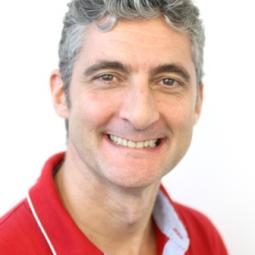 Dr. Arturo Vela Hernández