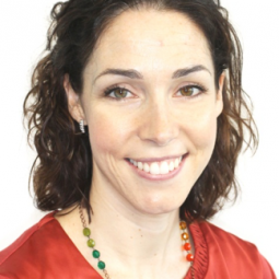 Dra. Esther Olivera Aguilar