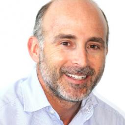Dr. Leandro Fernández López-Barajas