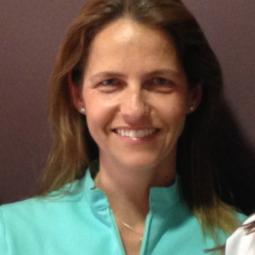 Dra. María Muñoz Ruíz