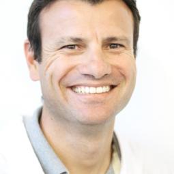 Dr. Pascual Martínez Asunsolo